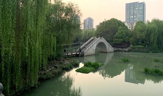 瀧濤環境:城鎮高品質水體修復與水質保持技術研發與示范