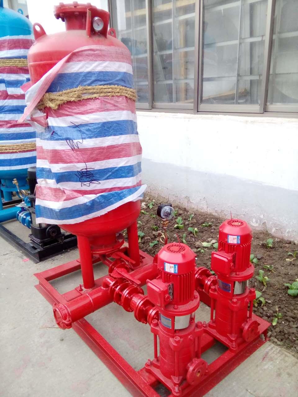 """增压稳压消防泵组  ZW(L)消防增压稳压设备为解决临时高压消防给水系统适用于多层和高层建造工程有增压设施要求的消火栓给水系统及湿式自动喷水灭火系统等各类消防给水、生活给水系统。    控制柜  ZW(L)增压稳压消防泵组  ZW(L)消防增压稳压设备为解决临时高压消防给水系统适用于多层和高层建造工程有增压设施要求的消火栓给水系统及湿式自动喷水灭火系统等各类消防给水、生活给水系统。    产品描述  型号意义     产品简介  一、增压稳压设备根据1996年8月中华人世共和国建设部[1996]108号文进行开发设计的新型增压稳压设备,同时符合98S205(原98S176)的规定。  二、本增压稳压设备为解决临时高压消防给水系统所设的高位消防水箱,其设置高度满足不了该系统不利点静水压时应设增压设施的要求,设计编制了为消防专用的增压稳压设备(以下简称""""设备"""