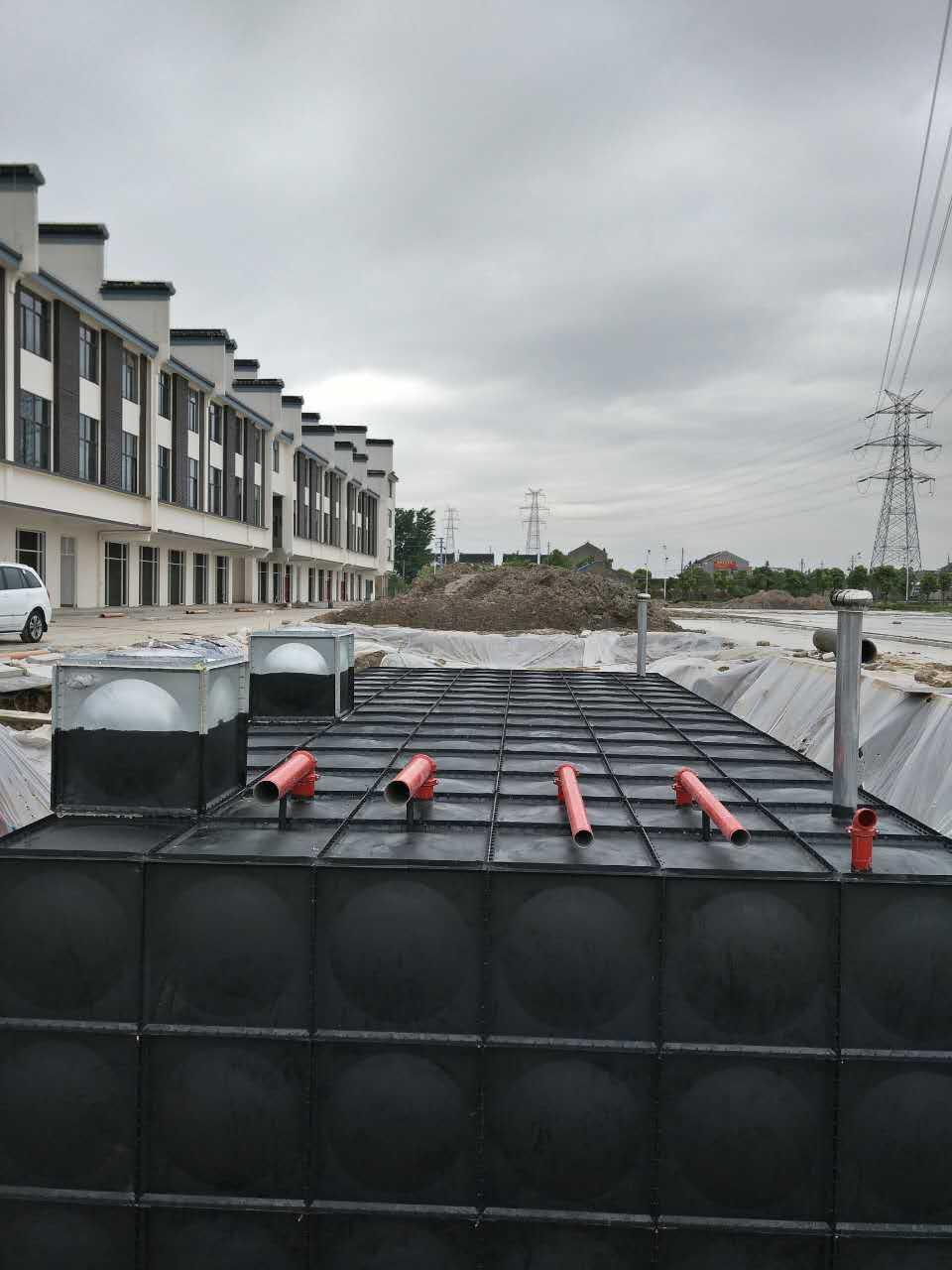 南通198吨通州区地埋式箱泵一体化安装完成