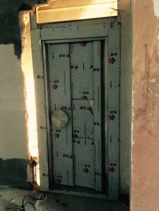 密室金庫門
