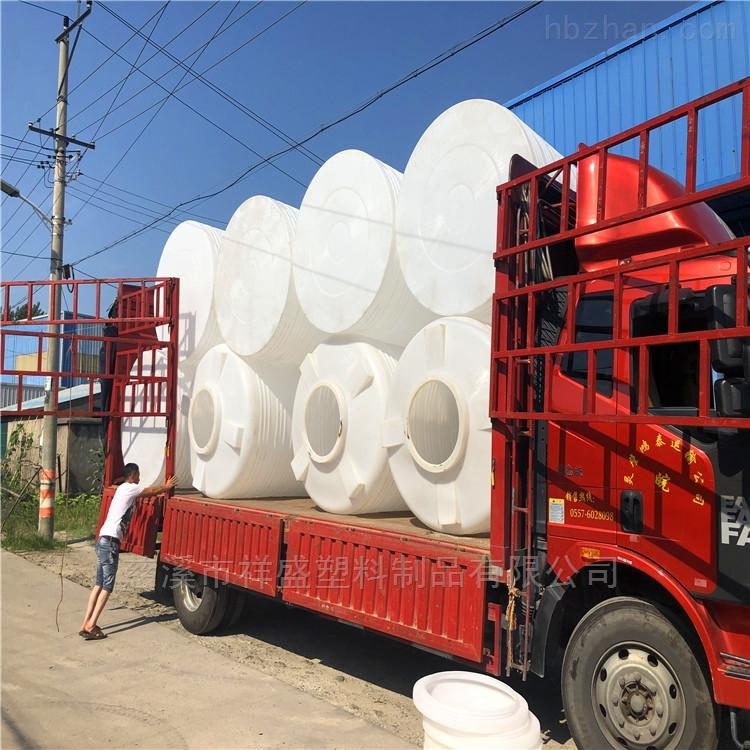 汽車塑料水箱廠家