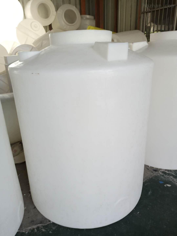 青岛1.5吨塑料储罐  硫酸储罐