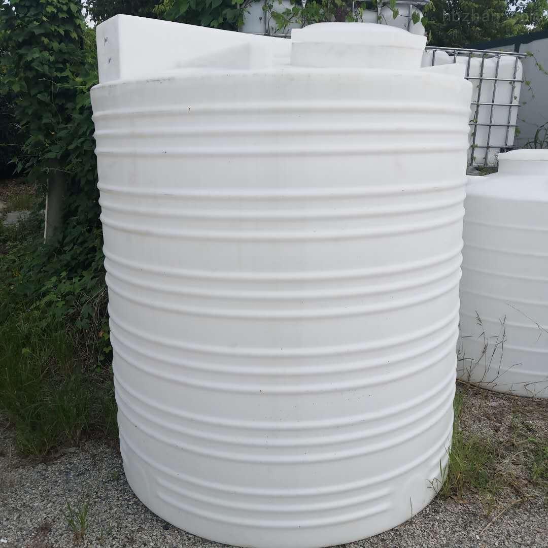 威海3立方塑料水塔  絮凝剂储备箱